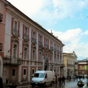 Benevento centro terragnoli palazzo biblioteca